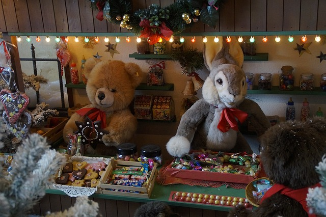 つぶれないおもちゃ屋