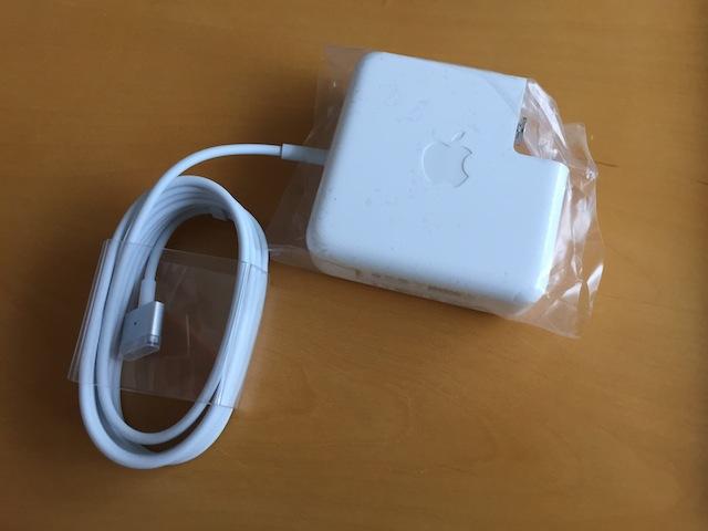 アップルケアで送られてきた新品のアダプター(MacBook Pro)