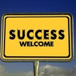 副業から会社を辞めて起業した例7選と、うまくい人いかない人の違い
