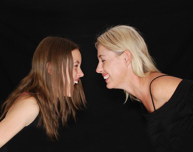 わずか十数秒の行動の違いで売上の明暗を分けた2人の女性
