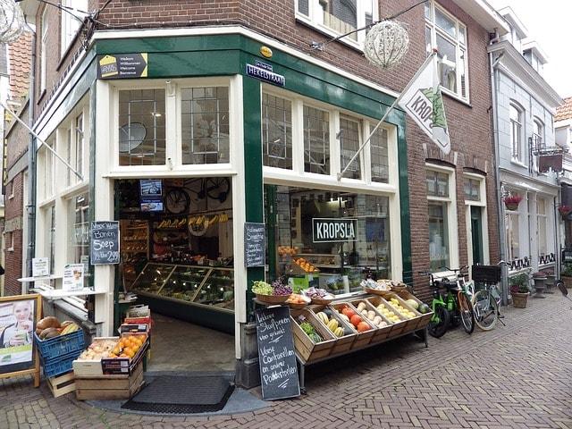 新規開店の飲食店は1年で何割が生き残るか? うまくいく店、行かない店の違い
